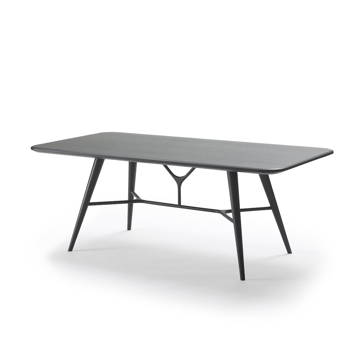 Spine-Coffee-Table-1740-black-2