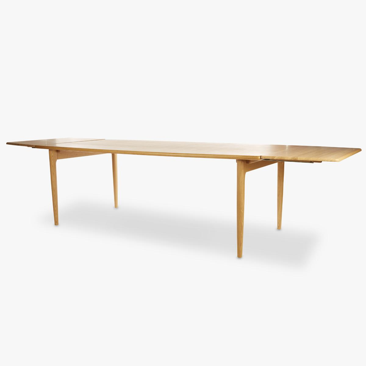Moller-Table-Oak-Extension-Front-Side-1200