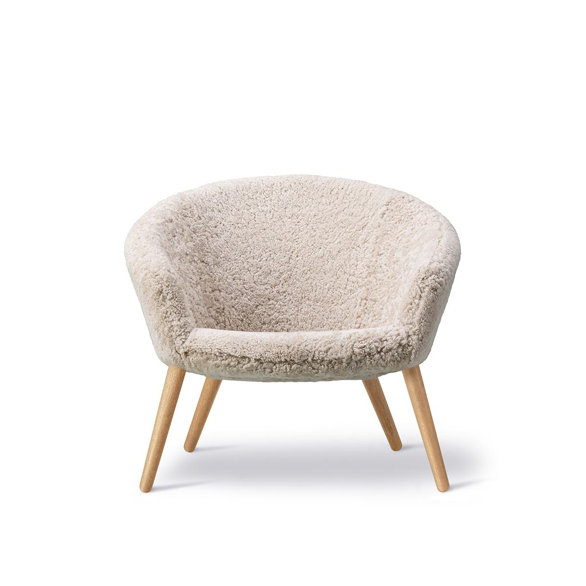 NDEasyChair_0004_ND_2631_sheepskin_oak_v1